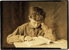 Lewis Hine: Boy studying, ca. 1924