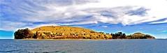 Isla en el Cielo (PedroRivas) Tags: travel sky naturaleza mountain lake peru canon landscape lago island mar paisaje cielo laguna montaa angular isla 15mm puno lagotiticaca pedrorivas islaenelcielo