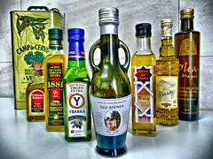Varias marcas de aceite español