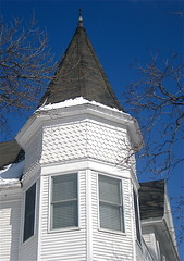Close-up of Itasca House (1901) (chicagogeek) Tags: old white house tower illinois queenanne branches shingles victorian bluesky pointandshoot suburbs itasca 1901 dupagecounty