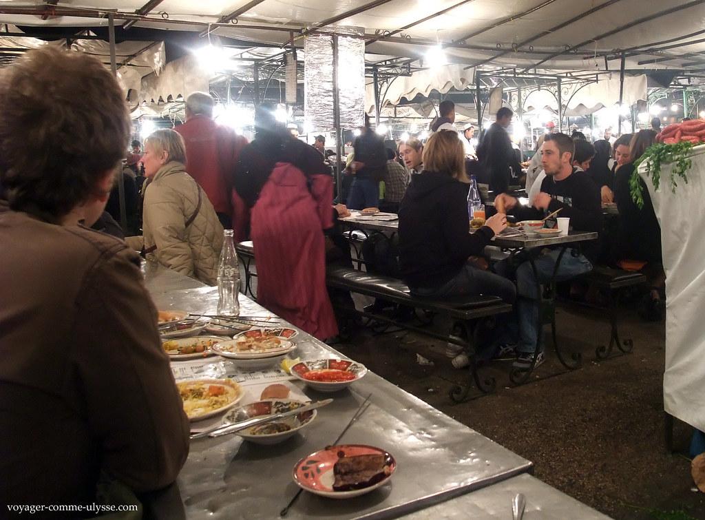 Pequenos restaurantes, provisórios
