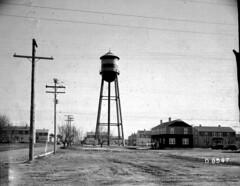 Richland Housing and Water Tower (Juli Kearns (Idyllopus)) Tags: watertower housing richland hanforddeclassifiedproject