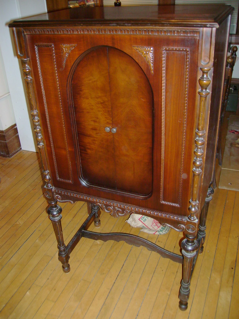 antique stereo cabinet antique radio forums view topic is this really a 10673
