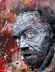 C215 - Paris (Vitry) (C215) Tags: streetart france art french graffiti stencil homeless christian simeon rodolphe pochoir masacara szablon mpeople vitrysurseine c215 schablon 94400 gumy piantillas