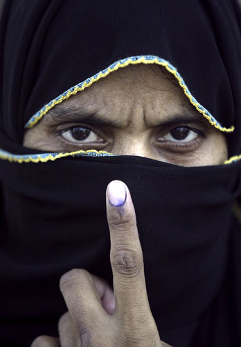 Elections-in-India-A-woma-006