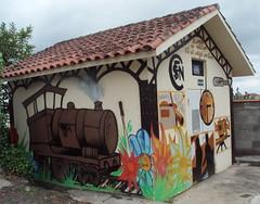 Mont-de-Marsan (40), transformateur décoré, rue St Pierre. (Marie-Hélène Cingal) Tags: france southwest locomotive horloge sncf landes sudouest aquitaine montdemarsan transformateur aiguillage