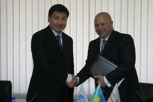 Kazakhtelecom chairman Askar Zhumagaliev with Kaan Terzioglu, Cisco