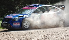 Dukeries Rally 2009 Sherwood Pines (dave millers photos) Tags: ford focus rally steve wrc 2009 perez dukeries