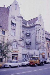 Szolnok Jugendstil  uk and autos, May 1988 (sludgegulper) Tags: architecture hungary 1988 ungarn trabant jugendstil szolnok austrohungarian secessionist uk magyaroszag