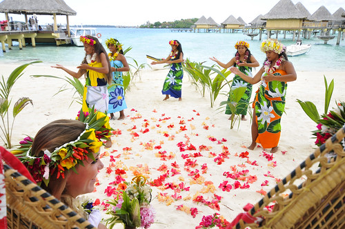 Polynesian wedding InterContinental Bora Bora  Le Moana Resort
