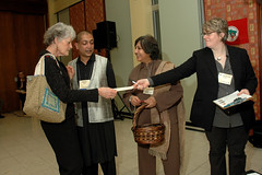 25Anniversary200811-418.jpg (Grassroots International) Tags: print unitedstates 25thanniverary grassrootsinternational 25thanniversarymainevent ellenshub
