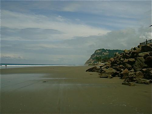 ecuador-beach-restuarants