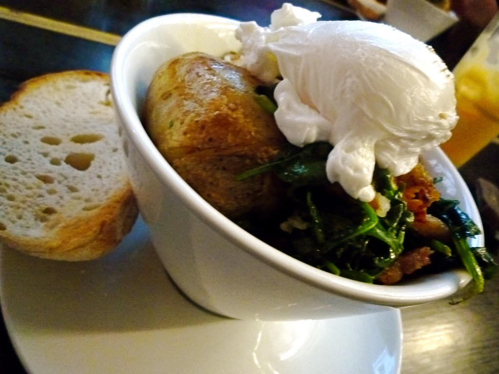Potato hash with poached egg, crispy bacon OR spinach