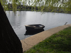 A Row Boat In A Lake (Ceiridwen) Tags: flowers lake boat row willow weeping southend southchurch