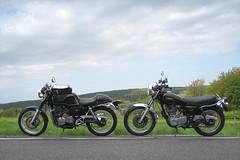 Sound of Singles (Rob de Hero) Tags: trip honda motorbike single motorcycle yamaha sr singles clubman motorrad sr500 hondacg500clubman