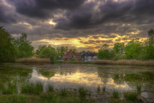 Gerrards Cross pond HDR