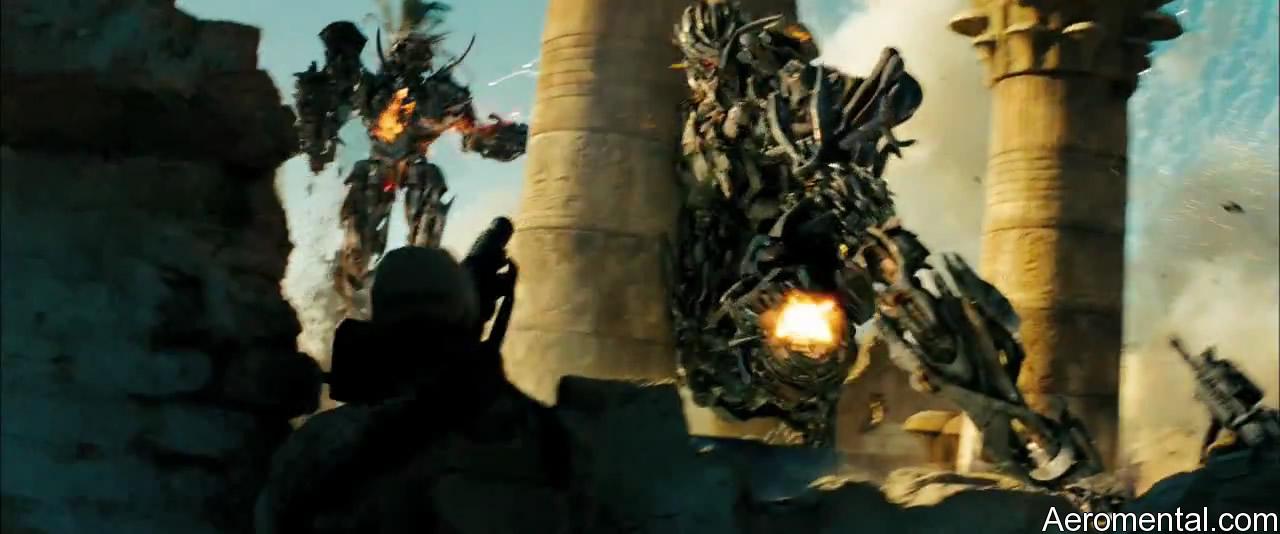 Optimus Prime unido a JetFire