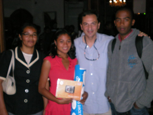 UNICEF Photography Workshop with Giacomo Pirozzi : Maman, Pati, Giacomo et Stephane par foko_madagascar