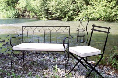 3543565886 630a252e22 o Outdoor Furniture I Can Afford