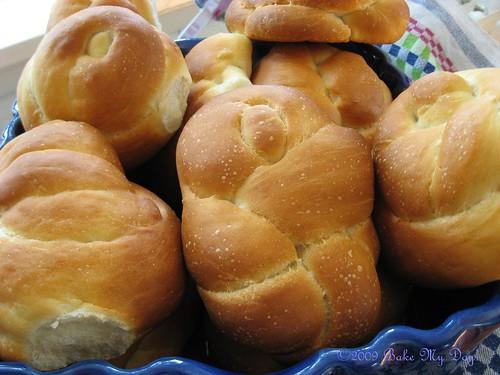knotty rolls BBB