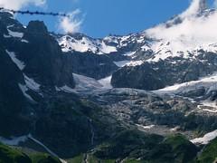 Monte Bianco e/o Dora viste a partire dalla baita del CAI Cameri,Novar (Drac Russ) Tags: club river dora cai alpi mont bianco blanc italiano baita alpino riparia massiccio