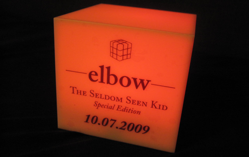Elbow-Lampe