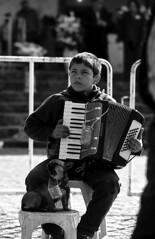 O co pedinte (Helder Mouro) Tags: co pedinte cantante sralmorto