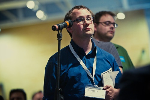 I ask Gary Vaynerchuk a question at Big Omaha 2010