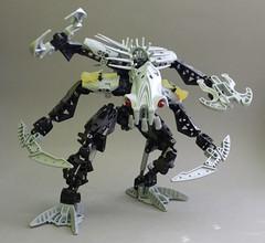 The Beast (Exxtrooper) Tags: blue light sea monster silver cool lego rip squid armor spongebob wat bionicle toa launcher rahi nui mahri exx takua barraki matoran exxtrooper