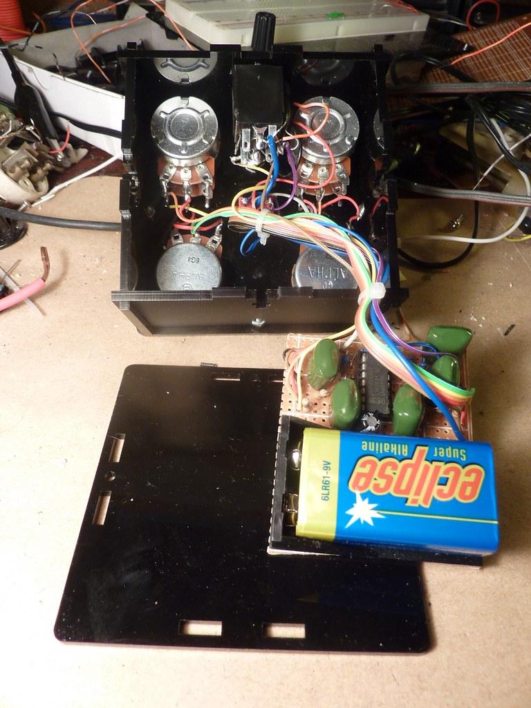 Rich Decibels Sinister Tone Generator gut shot
