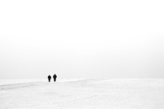 Towards The Horizon (Philipp Klinger Photography) Tags: winter people bw woman white snow man black germany deutschland blackwhite high nikon key hessen walk horizon bad philipp minimalistic soe hesse nauheim klinger wetterau aplusphoto d700 nikkor70300mmf4556vr dcdead grouptripod wisselsheim
