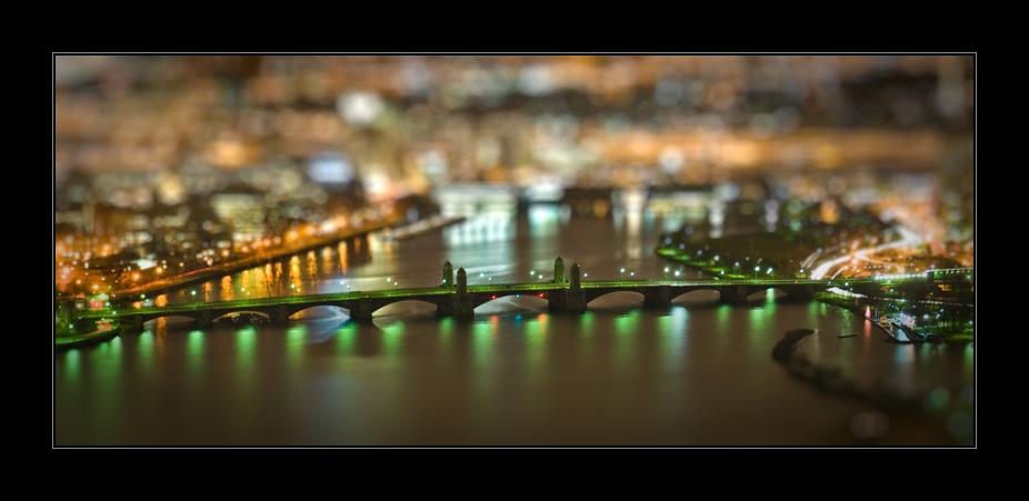Longfellow Bridge in Boston (Tilt and Shift)