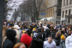 The crowd.. (Deepak & Sunitha) Tags: pittsburgh nfl super bowl victory parade title superbowl sixth celebrate 2009 steelers champions grantstreet gosteelers terribletowel herewego steelernation xliii sixburgh slashd