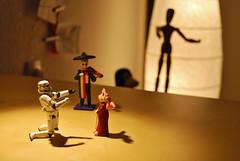 She said yes ! ( The Camera Eye ) Tags: desktop wedding light shadow love mexico toy toys starwars small marriage scene explore mexican tiny figure linux stormtrooper figurine tux spielzeug writingdesk microcosm violon nikond60