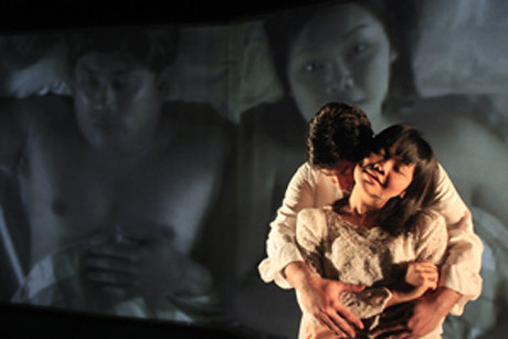 Theatrex Asia » Reviews » Frozen Angels, M1 Singapore Fringe ...