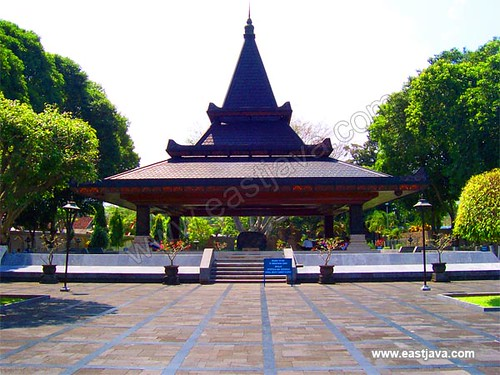 Tomb Of The First President Of Indonesia - Blitar - East Java