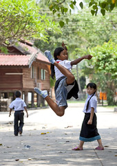 High Jump in the monastery - Laos (Eric Lafforgue) Tags: voyage travel school game tourism girl jump asia asie laos fille lao asean saut tourisme vientiane jeu  9233 lafforgue laopeoplesdemocraticrepublic lpdr   asiedusudest socialistrepublic ecoliere laosa    laosz  highjumpp frenchcolonialempire rpubliquedmocratiquepopulairelao  laosas