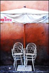 after hour (Ubz) Tags: rome restaurant chair break terracota nikond80 nurvit
