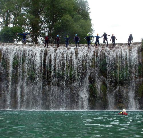 Salto de la presa de Bierge, unos 8 metros