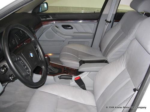 2001 BMW 530 i Inside $15,558