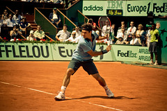 34.Roger Federer @ Roland Garros 2009 (Doudou) Tags: paris france men court atp sunny tommy tennis roland terre players roger simple haas philippe federer garros professionnelle battue messieurs internationaux chatrier