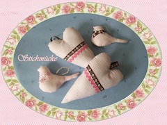 Sewing for spring (stichmuecke) Tags: birds hearts sewing decoration eggs tilda cushion tablerunner wimpel