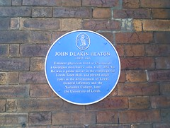Photo of John Deakin Heaton blue plaque