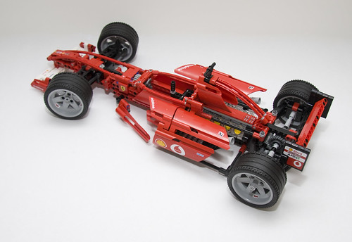 8386 Lego Ferrari F1 Racer- FINISHED