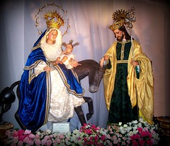 Feast of the Holy Family of Jesus, Mary and Joseph (il Bambino III) Tags: y jesus virgin alberto sagradafamilia lasagradafamilia nio virgen jess diaz holyfamily perez prez virgenmaria virgenmara santonio nuestraseora marianexhibit niojesus niojess panganiban marasantsima mariasantisima grandmarianexhibit lagranmadrededios lagranmadredediosmarasantsimanuestraseora lagranmadredediosmariasantisimanuestraseora exhibitsanta marasanta mariabulacnbulacanfamilia dazfamilia