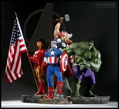 Avengers, Assemble! (SideshowCollectibles) Tags: statue ironman thor marvel captainamerica incrediblehulk theavengers sideshowcollectibles premiumformatfigure