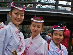 Taiko Drummers at Plum Blossom Festival (aeschylus18917) Tags: girls music cute beautiful festival japan tokyo nikon shrine blossom drum percussion plum kawaii yukata  taiko 20mm nikkor shinto drummers matsuri shitamachi plumblossom happi percussionist yushimatenjin        f28d 20mmf28d  utsukushii yushimatenmangu 20mmf28af nikkor20mmf28d d700 yushimashrine  plumblossomfestival  nikond700 danielruyle aeschylus18917 danruyle druyle   yushimatenmang