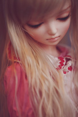 Anthea (r e n a t a) Tags: macro canon ball doll blonde bjd resin resina boneca noella jointed 60cm dollga