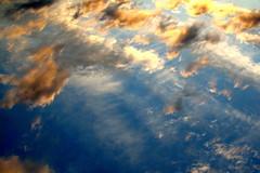 hai mai provato a guardare il cielo al contrario? (asfal.TO) Tags: show 2 sky naturaleza nature clouds torino nuvole natura céu ciel nubes nuvens nuages aftertherain aprèslapluie atestaingiù chespettacolo apósachuva despuésdelalluvia ilcielosopratorino dopotantapioggia