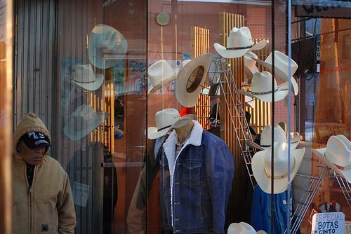 chicago reflection hat store nikon cowboy display jacket denim fleece d80 southlawndale 09roadtriptravel man09roadtriptravel